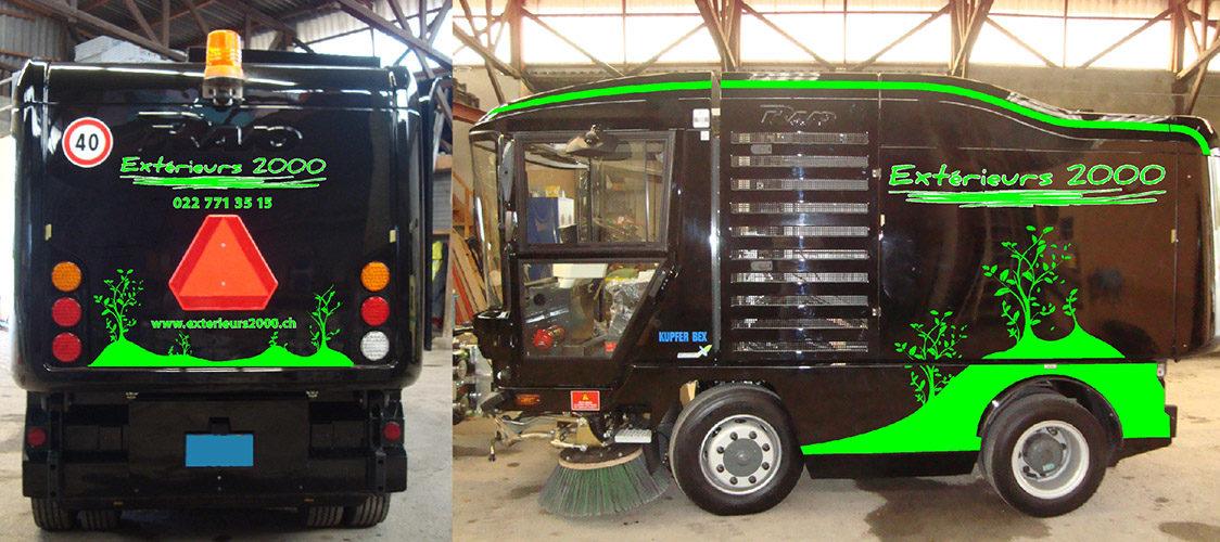 Décoration publicitaire sur véhicule spécial. Production des autocollants / application.